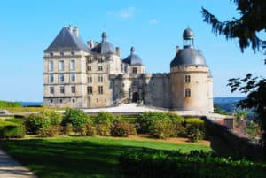 chateau de hautefort near guests house in dordogne