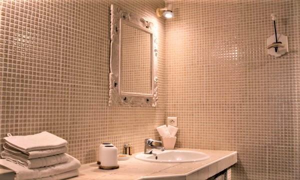 Salle de bains de La Poterne